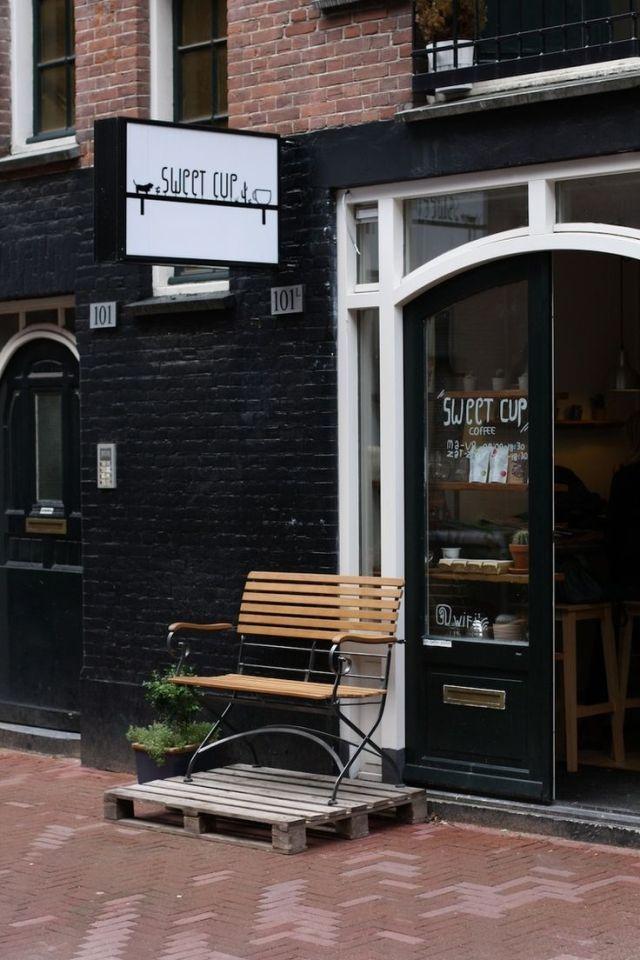 O charme dos cafés de Amsterdam